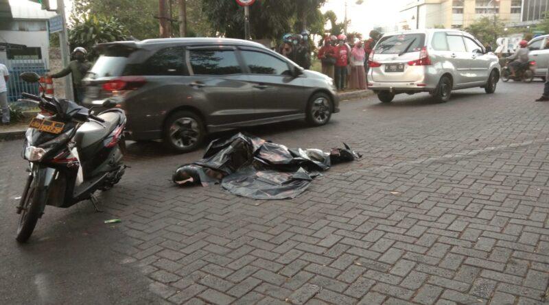 Kecelakaan Lalu Lintas di Perempatan Sier 1 Orang Meninggal di TKP.